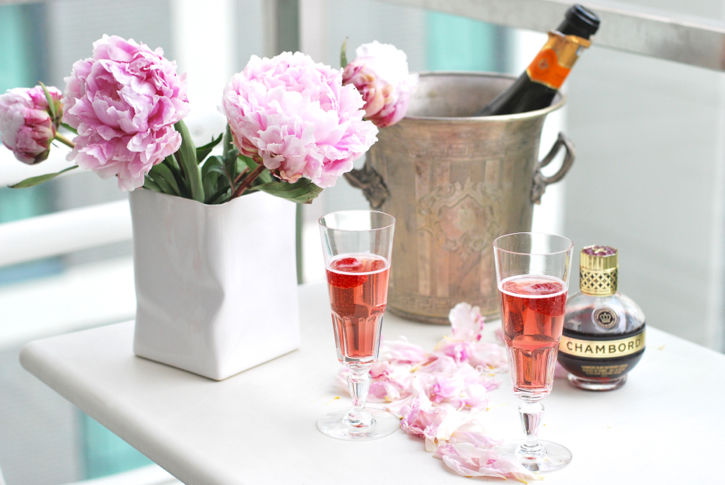 how to drink chambord and champagne