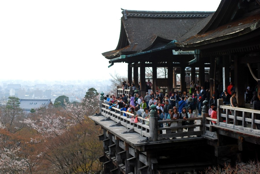 kiyomizudera temple kyoto attraction