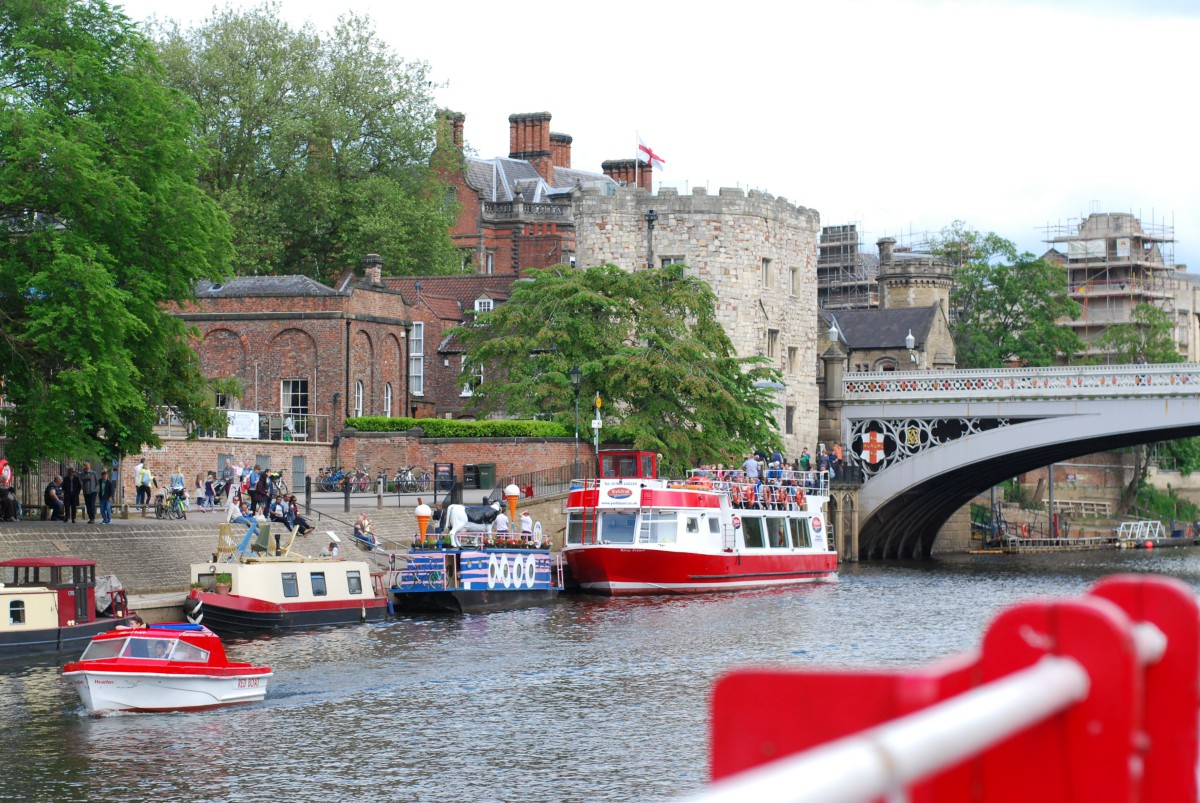 york boat river cruise